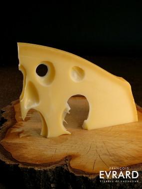 Emmenthal Français au lait cru par Philippe Olivier